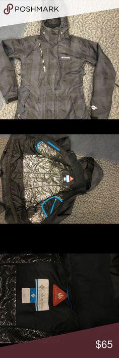 Columbia coat Columbia ski/snowboard coat Size small Columbia Jackets & Coats