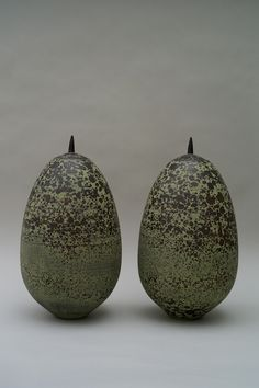 Christiane Wilhelm, Pair of containers, 2014, stoneware, thrown, dark and green slip burnished, 49 cm height