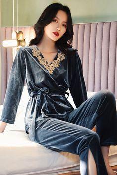 Kpop Fashion Outfits, Chic Outfits, Night Wear Lingerie, Pijamas Women, Cute Pajama Sets, Pajama Suit, Night Dress For Women, Nightgowns For Women, Special Dresses