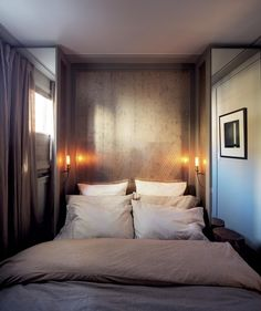 I like how the matte metallic and nice lighting make this look cozy instead of claustrophobia-inducing.