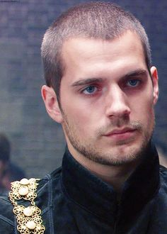 gif. The Tudors: Henry cavil yummy he looks better here then in superman or immortals!!! Drop panty gorgeous