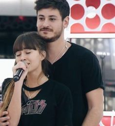 Aiteda | Aitana y Cepeda OT 2017 Riverdale Cole Sprouse, Musical, Harry Potter, Rain, Wallpapers, Fictional Characters, Concert, Singers, Couples