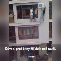 Nalezeno pomocí Googlu na webu tycico.cz Bathroom Medicine Cabinet, Jokes, Humor, Funny, Husky Jokes, Humour, Memes, Funny Photos, Funny Parenting