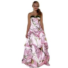 Camo Wedding Dresses – One of the unique ideas that could think while doing wedding ideas is always put in one of the camouflage wedding dresses. Almost any type of camouflage wedding dresses… Pink Camo Wedding Dress, Camo Bridesmaid Dresses, Camouflage Wedding Dresses, Camo Dress, Pink Prom Dresses, Homecoming Dresses, Cute Dresses, Pink Camouflage, Bridesmaids