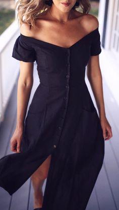 summer outfits Black Off The Shoulder Maxi Dress