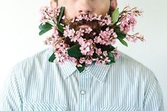 Guys Are Decking Their Beards Out With Flowers And It'll Probably Give You A Lady Boner