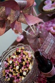 love the pinwheels and cowgirl trail mix. #cowgirl #party