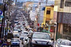 DE LA ZANJA : Tránsito comienza a congestionarse