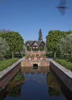 #Hampton Court #Castle Gardens Hereford, Herefordshire - Submit your photos to our online #gallery -    http://www.absoluteherefordshire.co.uk/gallery