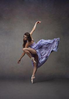 Modern Dance Photography, Ballet Photography, Photography Poses, Photography Reviews, Ballet Art, Ballet Dancers, Ballerinas, Ballet Studio, Ballet Drawings