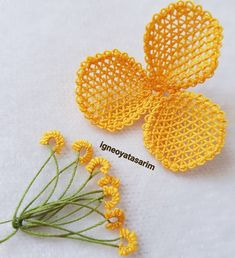Bead Embroidery Patterns, Beaded Embroidery, Saree Painting Designs, Needle Lace, Paint Designs, Crochet Earrings, Crafts For Kids, Beads, Flowers