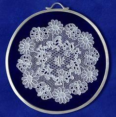 Ékszerek halasi csipkével - Ezüst ékszer Decorative Plates