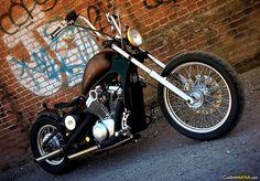 Honda VT 600 Shadow bobber style. See more on CustomMANIA.com e upload your bike too!!!