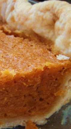 Amazing Sweet Potato Pie Very simple, extremely good. I will use this as my go to for sweet potato pie. Thank you Aunt Bea! Köstliche Desserts, Delicious Desserts, Dessert Recipes, Yummy Food, Food Deserts, Enjoy Your Meal, Sweet Potato Recipes, Sweet Potatoe Pie, Southern Sweet Potato Pie