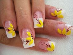 Imagen de http://xn--decoracionuas-skb.net/wp-content/uploads/2014/07/u%C3%B1as-de-flores-amarillas-1.jpg.