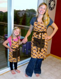 S'mores Apron Set Unisex Mother Daughter Child by NessasNest