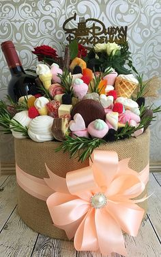 Cute Happy Birthday, Happy Birthday Flower, Craft Gifts, Diy Gifts, Edible Bouquets, Flower Box Gift, Birthday Gifts For Husband, Chocolate Bouquet, Candy Bouquet