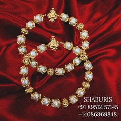 Baby Jewelry, Bridal Jewelry, Pearl Necklace Designs, Traditional Earrings, Gold Jewelry Simple, Gold Jewellery Design, Gold Bangles, Indian Jewelry, Saree Jewellery