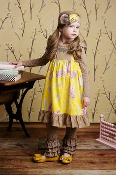 Flora Band ( Yellow Flower)  Tango Legging ( sage yellow Dot) Size: 12m, 18m, 24m, 3T, 4T, 5 Visit our facebook page with any questions http://www.facebook.com/LollipopsChildrensBoutique1#!/LollipopsChildrensBoutique1