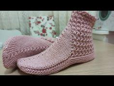 İki Şişli Yeni Çizme Patik - YouTube Baby Knitting Patterns, Knitting Stitches, Slipper Socks, Slippers, Knitting Videos, Craft Tutorials, Tabata, Knit Stitches, Booties Crochet