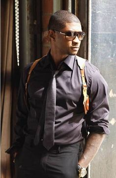 Usher Raymond IV is a well known R&B singer, songwriter, dancer and actor , who has won many Grammy Awards . Celebrities are always in . Sharp Dressed Man, Well Dressed Men, Black Is Beautiful, Gorgeous Men, Afro, Usher Raymond, Bae, Raining Men, Thats The Way
