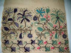 Hesap İşi Folk Embroidery, Handicraft, Diy And Crafts, Knitting Patterns, Cross Stitch, Miniatures, Textiles, Quilts, Traditional