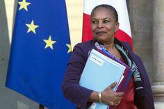 Dimite la ministra de Justicia de Francia tras criticar la retirada de la nacionalidad a los terroristas