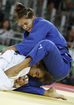 #RIO2016 South Korea's Kim Seongyeon competes with Israel's Linda Bolder during their women's 70kg judo contest match of the Rio 2016 Olympic Games in Rio de...