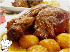 Greek Recipes, Meat Recipes, Cooking Recipes, Recipies, Chocolate Fudge Frosting, Good Food, Yummy Food, Pork Roast, Chicken Wings