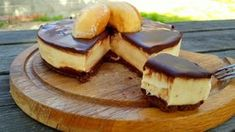 tarta de donuts Chocolate Desserts, Cake Pops, Oven, Easy Meals, Food And Drink, Cooking Recipes, Yummy Food, Breakfast, Sweet