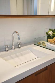 Residência Park Palace – Barra da Tijuca II / Progetto – Gisele Taranto e Izabela Lessa #bathroom #detail
