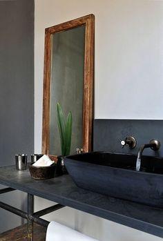 12x spiegels in de badkamer