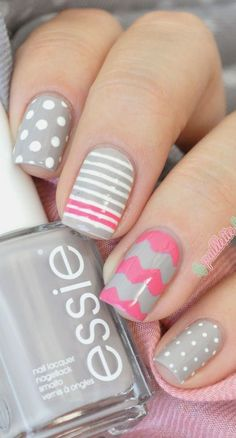Grey and Pink Mix and Match Nails ~ base polish Essie 'Take it Outside', polka dots and stripes with Essie 'Blanc' and further stripes and chevrons with Essie 'Off the Shoulder' ~ by La Paillette Frondeuse- mis nuevas uñas Fancy Nails, Love Nails, Diy Nails, Beautiful Nail Art, Gorgeous Nails, Pretty Nails, Beautiful Images, Nail Polish Designs, Nail Art Designs