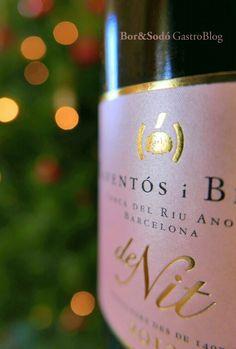 Rosa Navidad Raventos i Blanc Blanc de Nit Rose Cava Sparkling Wine, Vineyard, Bottle, Rose, Pink Christmas, Wine, White People, Pink, Vine Yard
