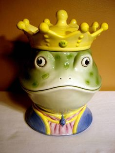 Vintage Cookie Jar Frog Prince