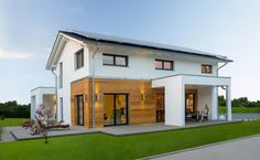 Plusenergiehaus Basic Line Jubilée XXL Plus: Fertighaus von Haas Haus Future House, My House, Modern Residential Architecture, Rural House, Loft Design, House Goals, Simple House, Home Fashion, Building A House