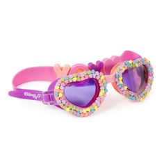 Show how fashionable and stylish you can be at the pool with these kids swimming goggles Candy Heart. This kids swimming goggles are what your little one needs! Suntan Lotion, Body Lotion, Girls Bathing Suits, Girls Swimming, Heart For Kids, Star Print, Latex Free, 6 Years, Heart Shapes