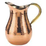 Copper Water Pitcher quart (Kitchen and Gifts). Copper Water Pitcher quart by Old Dutch International makes a stylish decoration. Copper Pots, Copper Kitchen, Copper Dishes, Copper Utensils, Copper Vessel, Copper Planters, Hammered Copper, Kitchen Dining, Kitchen Decor