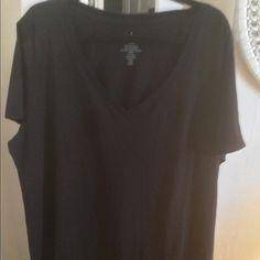 TORRID Brand New V Neck T-Shirt SZ 4 (24/28) Brand new with tag SZ 4 (24/28) solid black TORRID BRAND torrid Tops Tees - Short Sleeve