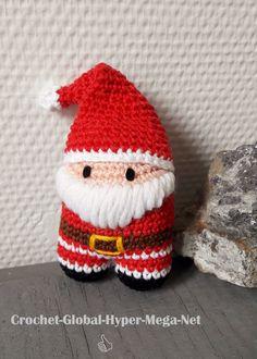 Ou la magie de Noël, version minimaliste. Je vous présente aujourd'hui un personnage qu'on ne présente plus ! Inspiré de Licornet, l'ourson licorne arc-en-ciel, voici un Père Noël…