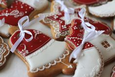 Cherry Cookies, Cupcake Cookies, Sugar Cookies, Yummy Treats, Sweet Treats, Cookie Factory, Chocolates, Clay Food, Sugar Art