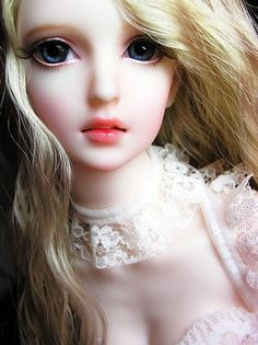 Some Cute Dolls Which I Love to See! — Steemit Beautiful Barbie Dolls, Pretty Dolls, Ball Jointed Dolls, Ooak Dolls, Blythe Dolls, Barbie Images, Enchanted Doll, Cute Baby Dolls, Doll Makeup