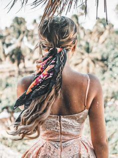 Beach Hairstyles For Long Hair, Bohemian Hairstyles, Fancy Hairstyles, Scarf Hairstyles, Holiday Hairstyles, Hair Scarf Styles, Long Hair Styles, Hair Inspo, Hair Inspiration