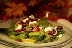 My favorite fall salad combines warm toasted walnuts, craisins, and feta cheese to create a festive harvest dish. Salad Places, Salad Toppings, Gluten Free Sides Dishes, Large Salad Bowl, Walnut Salad, Fall Salad, Soup And Salad, Salad Recipes, Stuffed Peppers