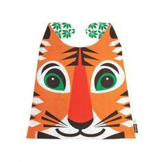 Grande serviette tigre Coq en Pâte 20,00 € Grande serviette en coton biologique. Print tête de tigre sur le devant. Verso imprimé feuilles vertes. A nouer autour du cou. Très grande surface. Dimensions :  60 x 45 cm Collection Mibo pour CoqenPâte. Composition : 100% coton biologique Age conseillé : 2 – 4 ans