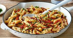 Budget-friendly, tasty and quick! Penne carbonara ticks all the boxes.!