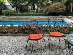 posti rilassanti in pieno centro ...   #milano #villaNecchi #borsopiscina #giardino #SanBabila #gerani #nelverde #villa #novecentesca #milanocity #milanodavedere #storia #Milanese #milanocityofficial #volgoMilano #volgoLombardia #ig_milano #ig_milan #giardino #privato #casamuseo #Fai #milanodaclick by francescarollo