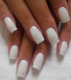 Easy & quick white nail art designs for women & girls to use in 2017 2018.
