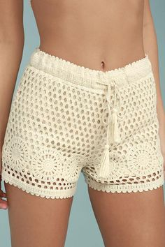 The Lasting Friendship Cream Crochet Lace Shorts are always here for outdoor fun! Cotton crocheted lace shapes these dainty shorts with scalloped hems and an elastic waistband with tasseled drawstring. Crochet Pants, Crochet Clothes, Cotton Crochet, Crochet Lace, Diy Kleidung, Lace Shorts, Short Dresses, Crochet Patterns, Knitting