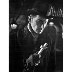 Peter Cushing as Dr Van Helsing in the Horror of Dracula Hammer Movie, Hammer Horror Films, Hammer Films, Hollywood Photo, Old Hollywood, Classic Hollywood, Peter Cushing, The Blues Brothers, Horror Monsters